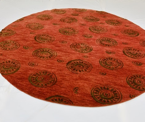 Hand-Knotted Persian Wool Round Area Rug