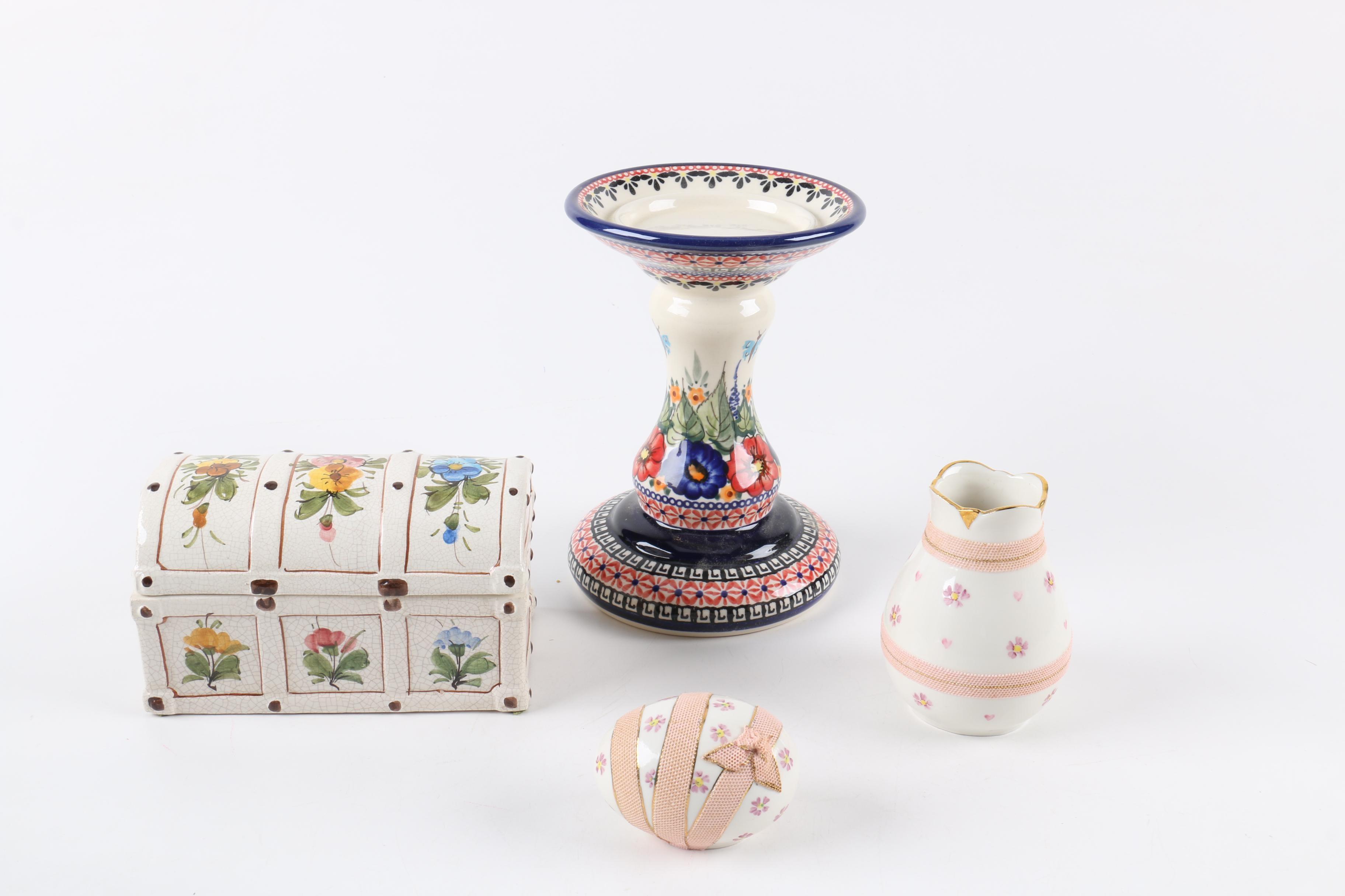 Porcelain and Ceramic Decorative Accessories