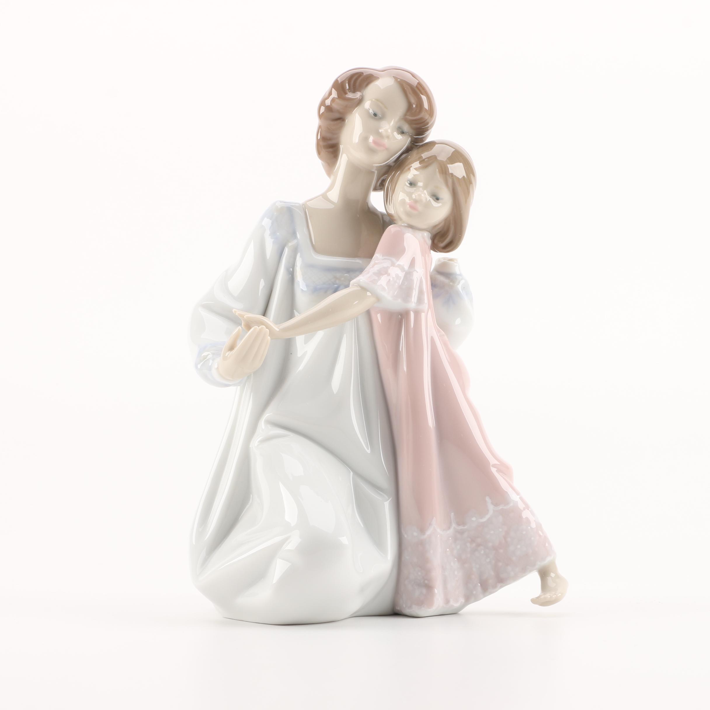 "Lladró ""Good Night"" #5449 Figurine"