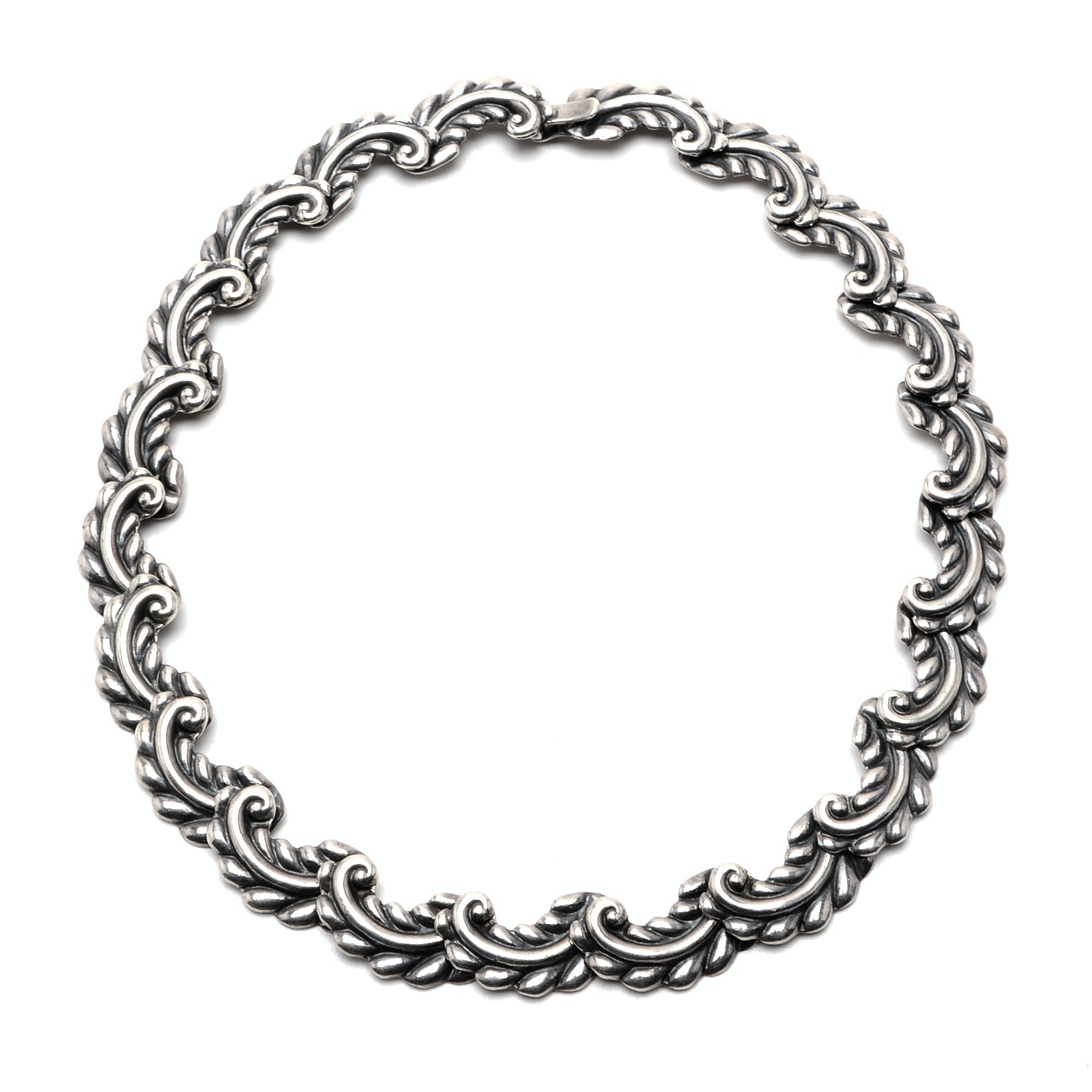 Vintage Taxco. Mexico Artisan Made Sterling Silver Choker Necklace