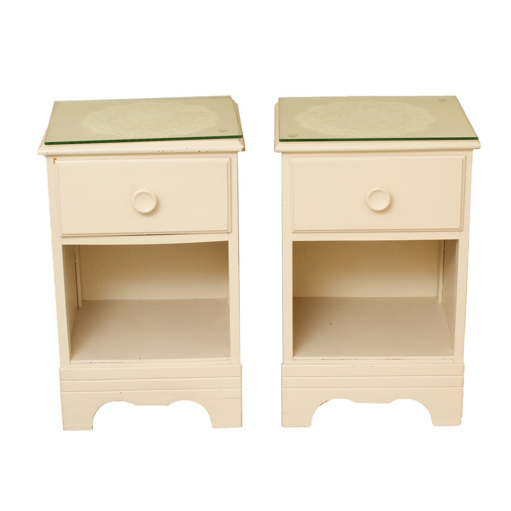 Pair of Painted Nightstands