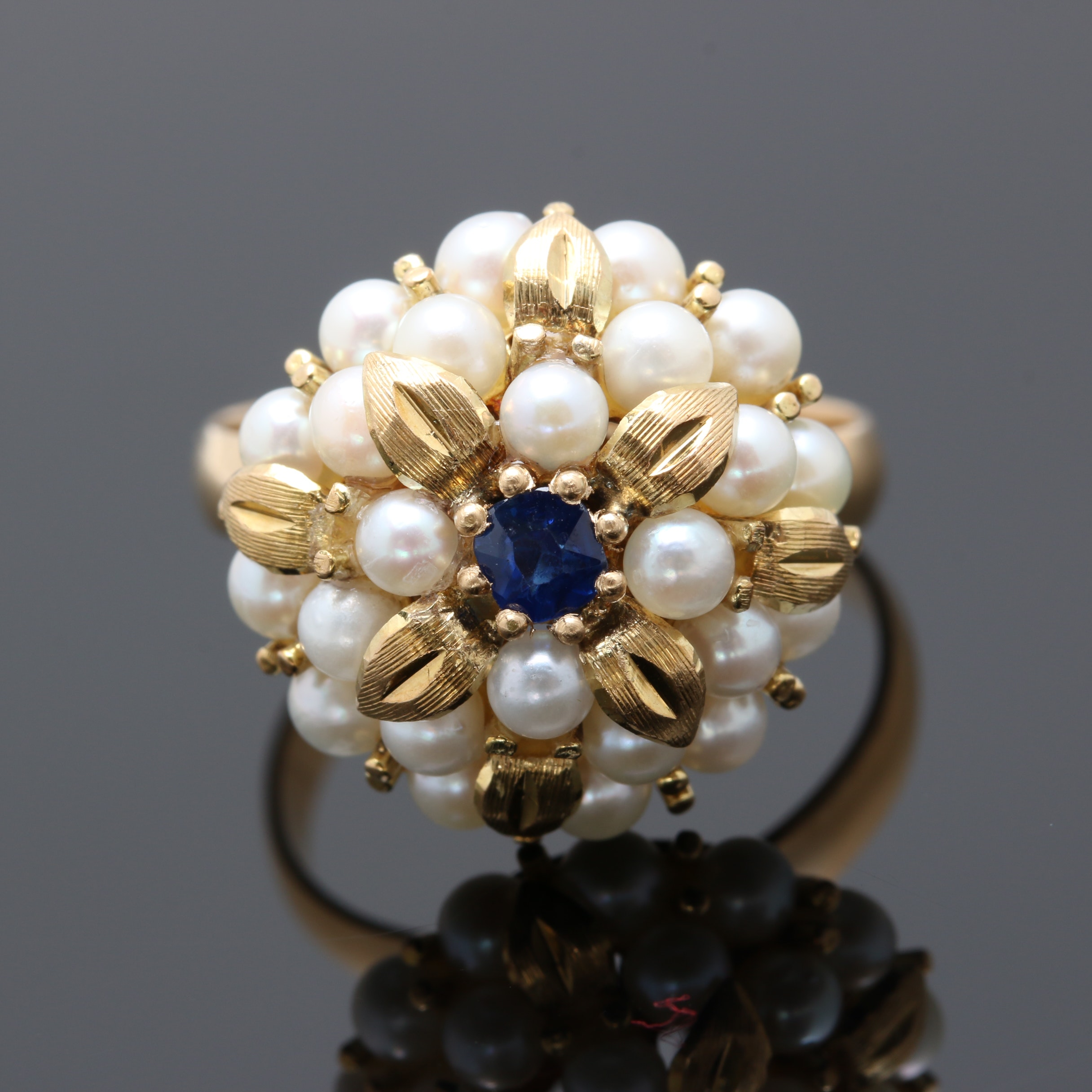 18K Yellow Gold Sapphire and Cultured Pearl Ring
