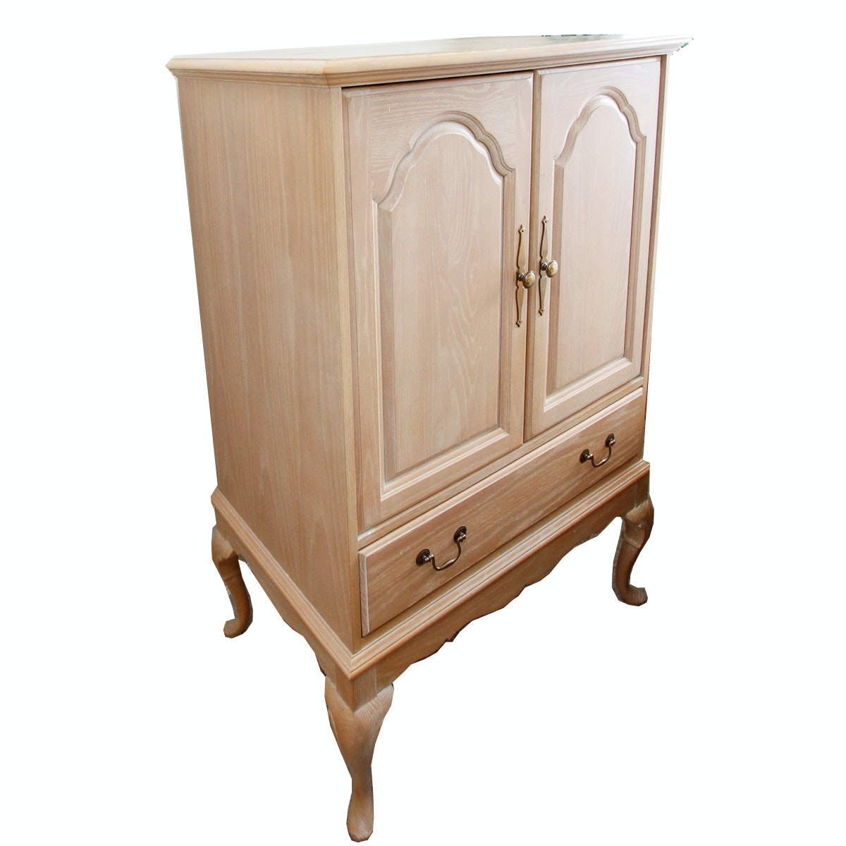 Queen Anne Style Entertainment Cabinet