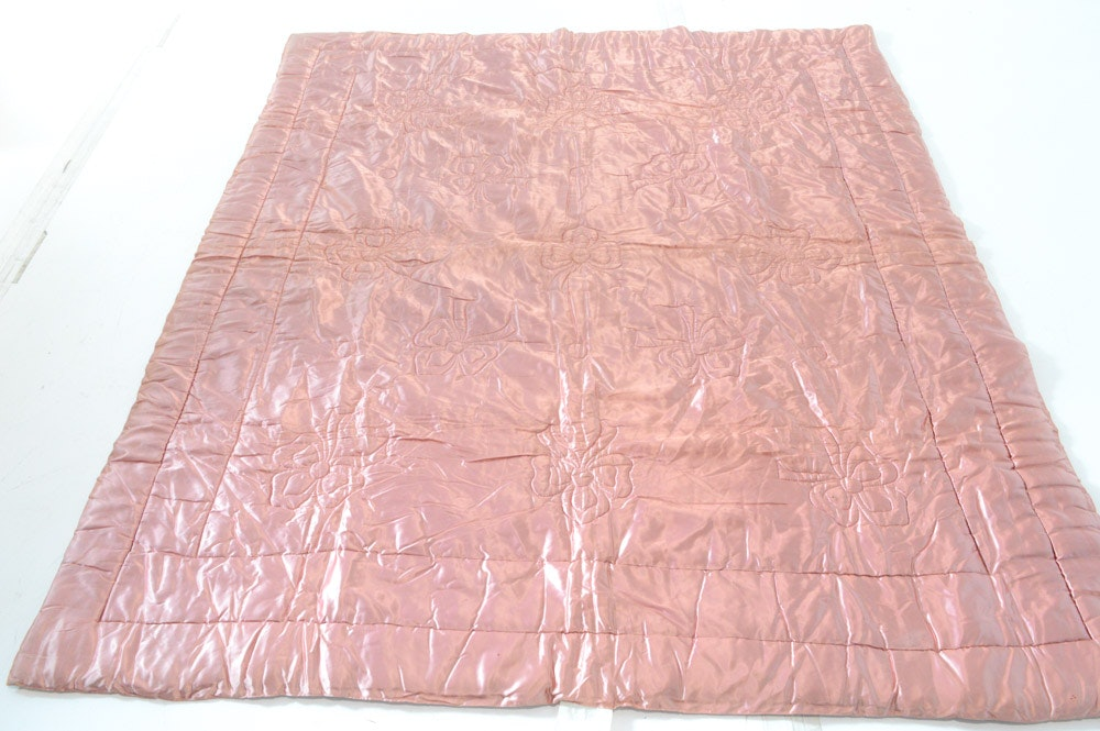 Vintage Quilted Satin Comforter with Lamb's Wool Filling