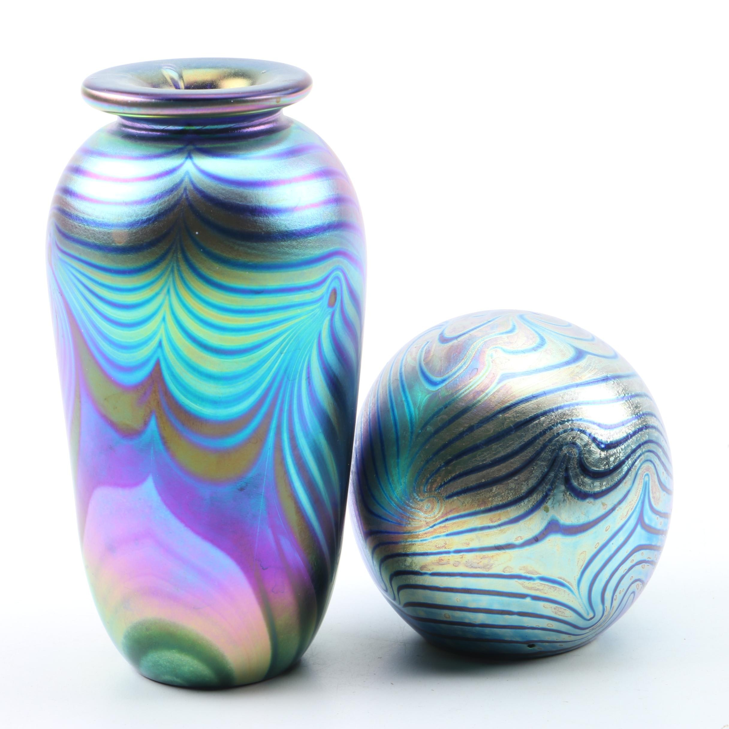 Robert Eickholt Pulled Feather Iridescent Glass Vase and Paperweight