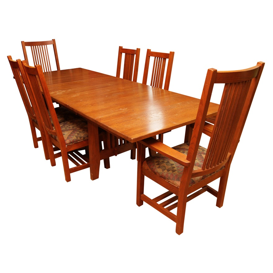 Mission Style Oak Dining Table By Kincaid And Spindle Chairs EBTH - Mission style oak dining table and chairs