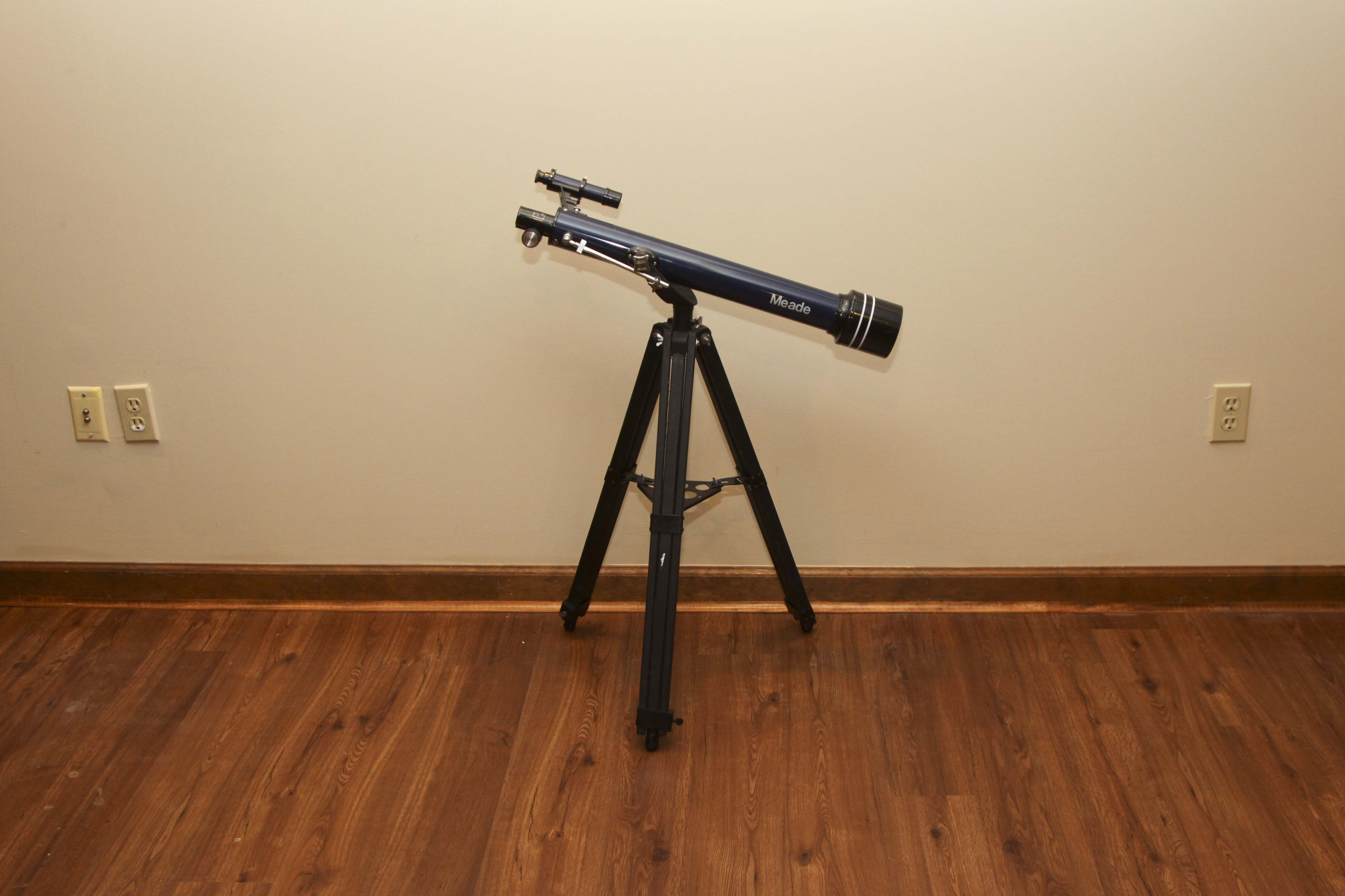 Meade Telescope with Stand