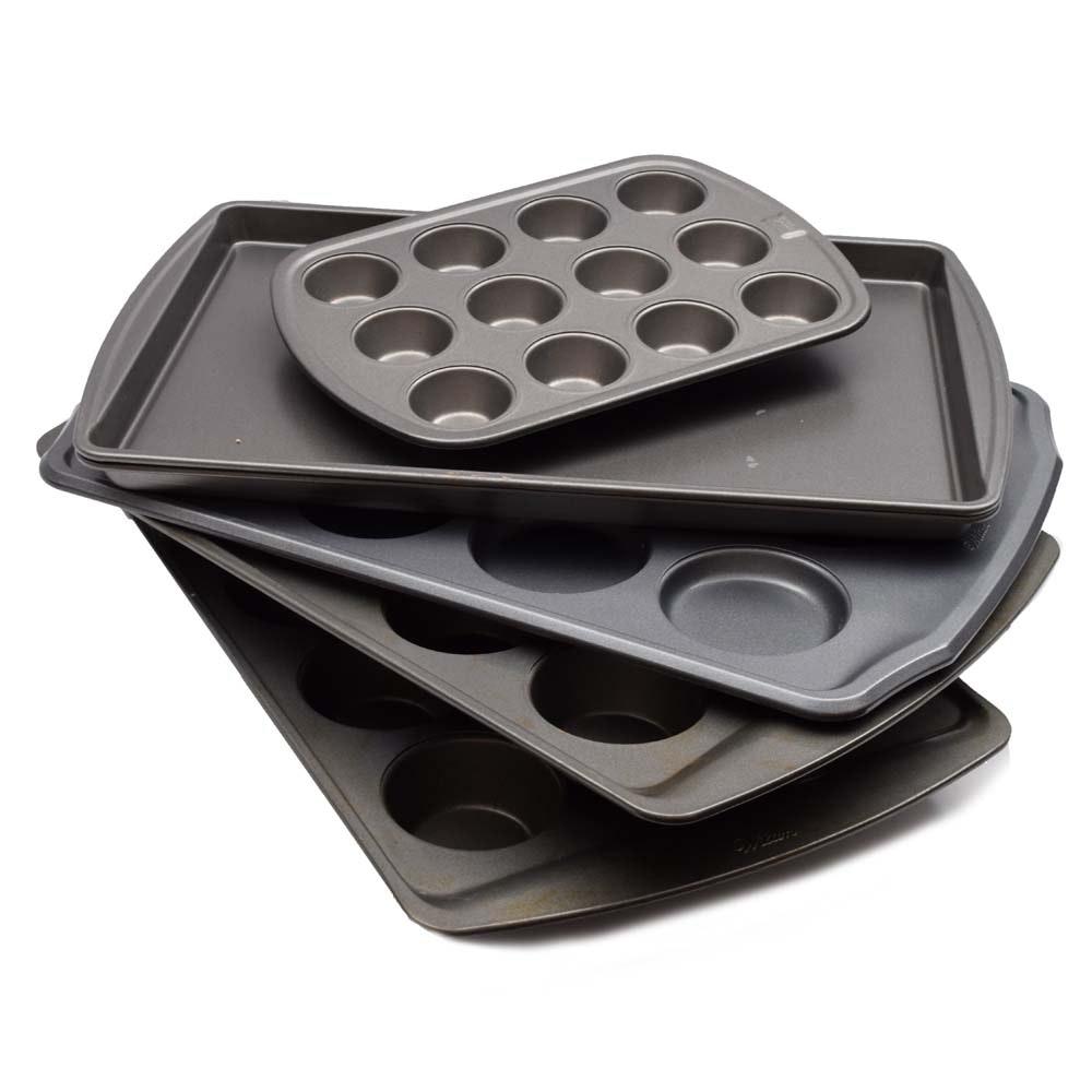 Metal Bakeware Featuring Wilton