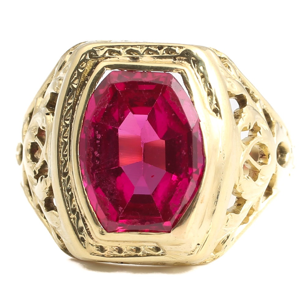Vintage 14K Yellow Gold 2.59 Carat Synthetic Ruby Ring