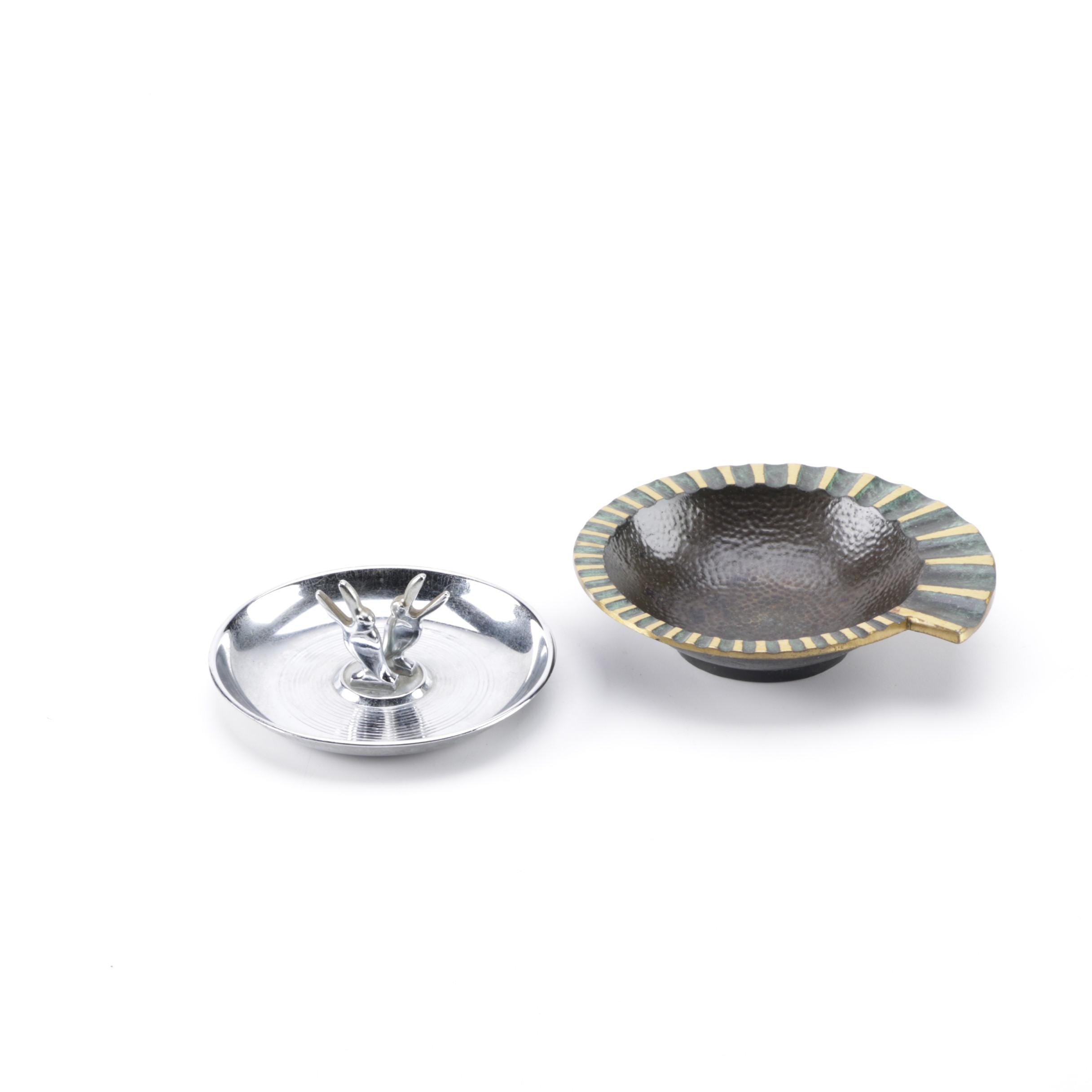 Vintage Pincherette Toucan and Metal Mollusk Ashtrays