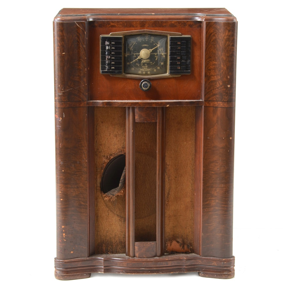 Vintage Zenith Model 10S669 Tube Radio