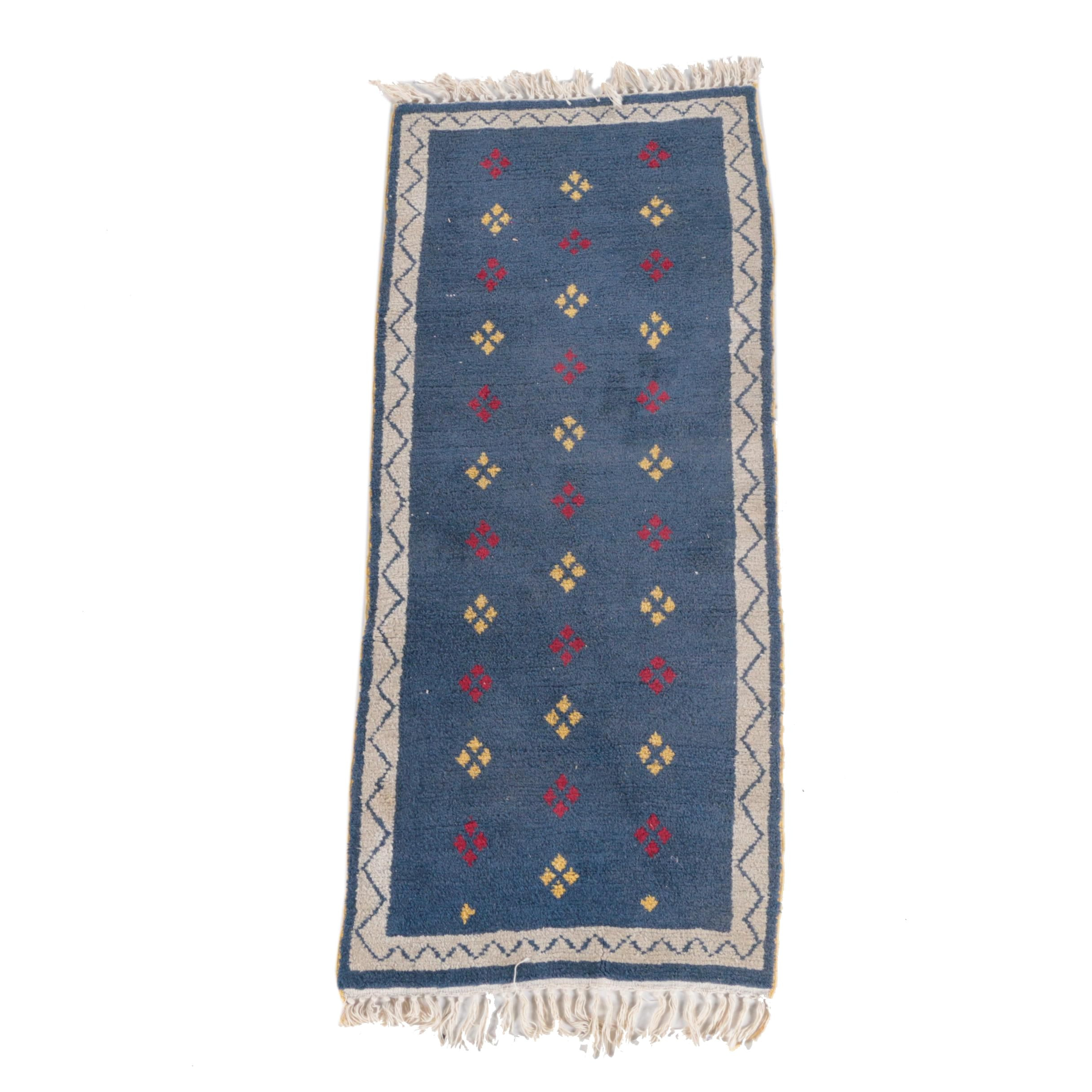 Power-Loomed Wool Carpet Runner