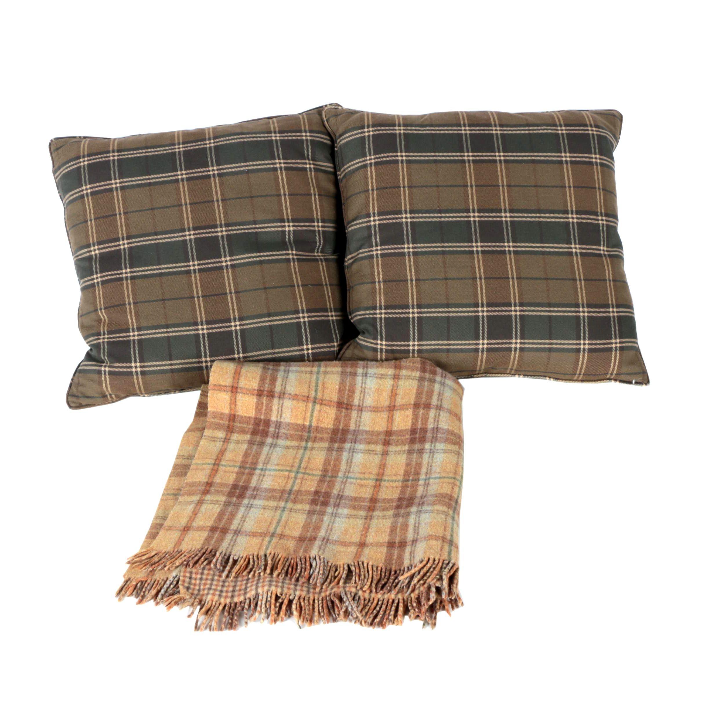Williams-Sonoma Pillows And Throw Blanket