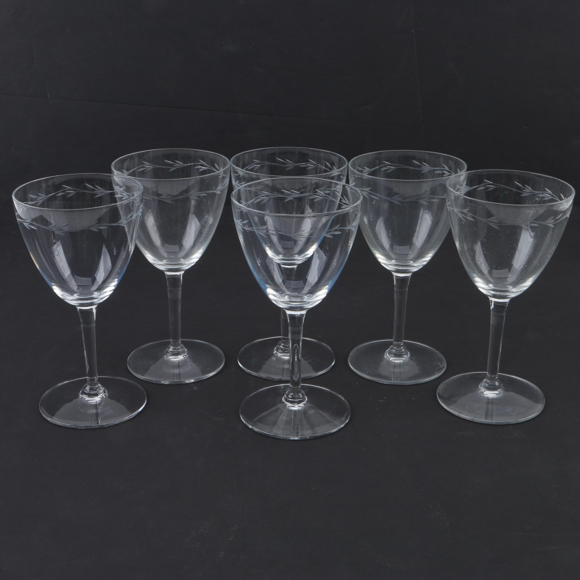 Laurel Wreath Motif Etched Glass Wine Glasses