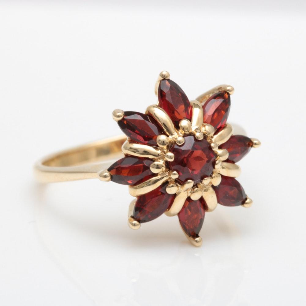 10K Yellow Gold and Garnet Flower Ring