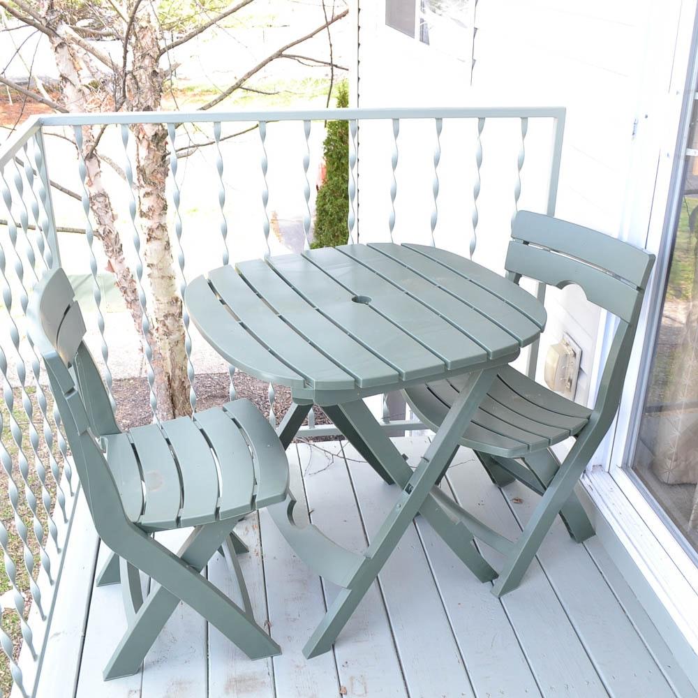 Quik-Fold Cafe Set in Sage Green