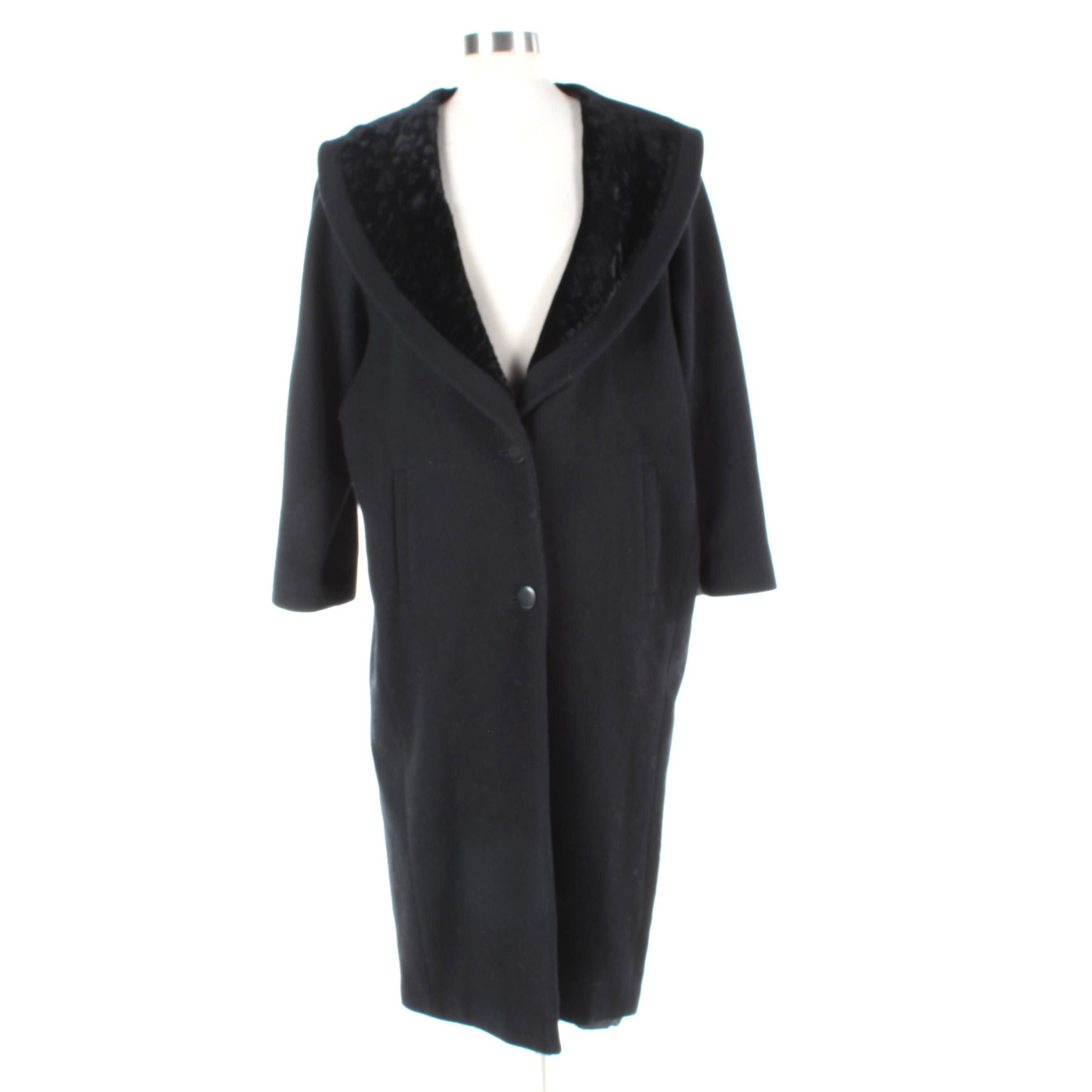 Women's International Scene Black Wool and Velvet Coat