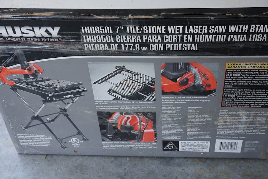 Husky 7 Quot Wet Tile Saw With Laser And Stand Ebth