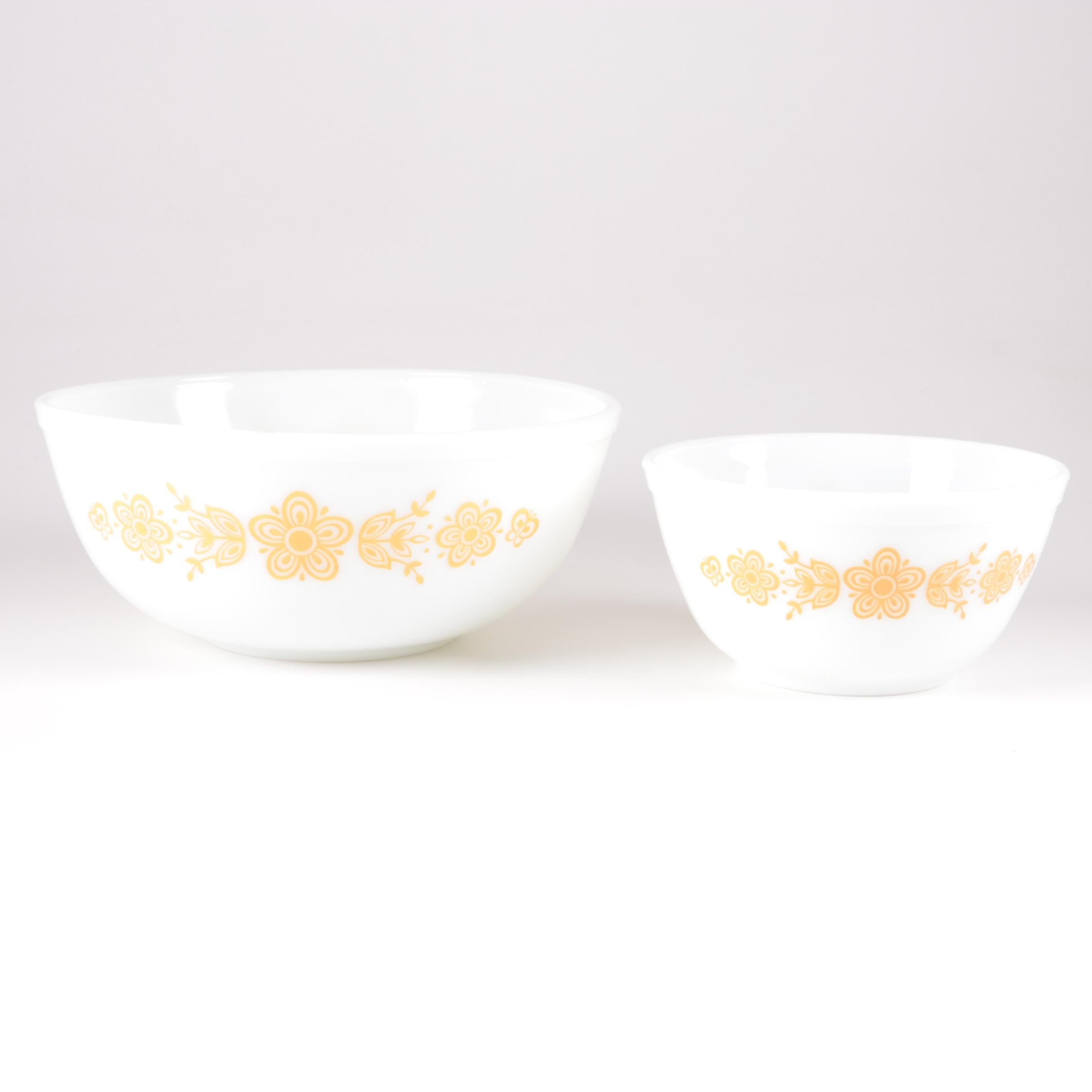 "Vintage Pyrex ""Butterfly Gold"" Mixing Bowls 1972-81"