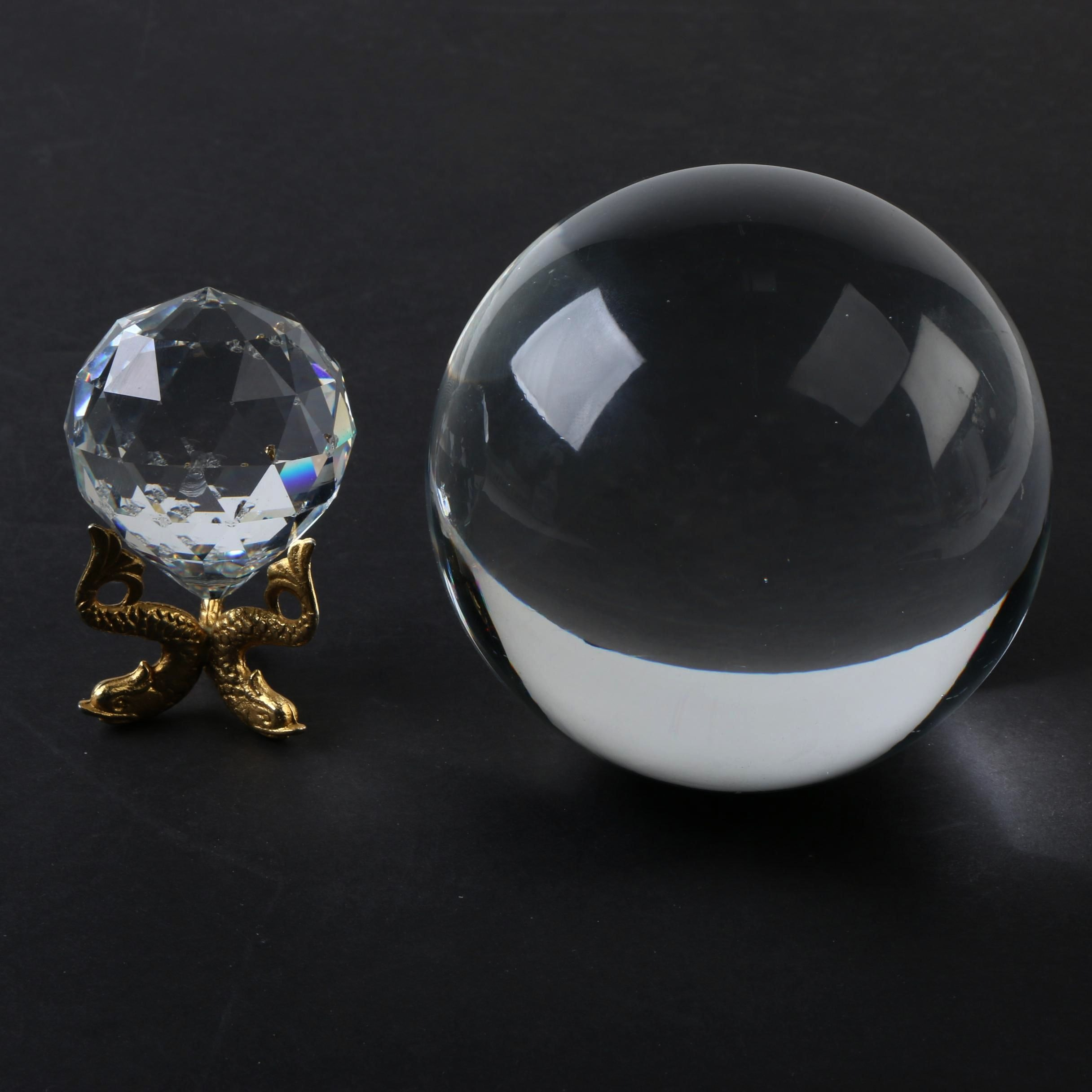 Spherical Glass Decor and Brass Stand