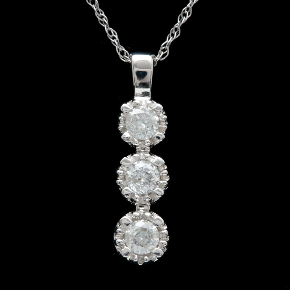 10K White Gold and Diamond Pendant with Chian