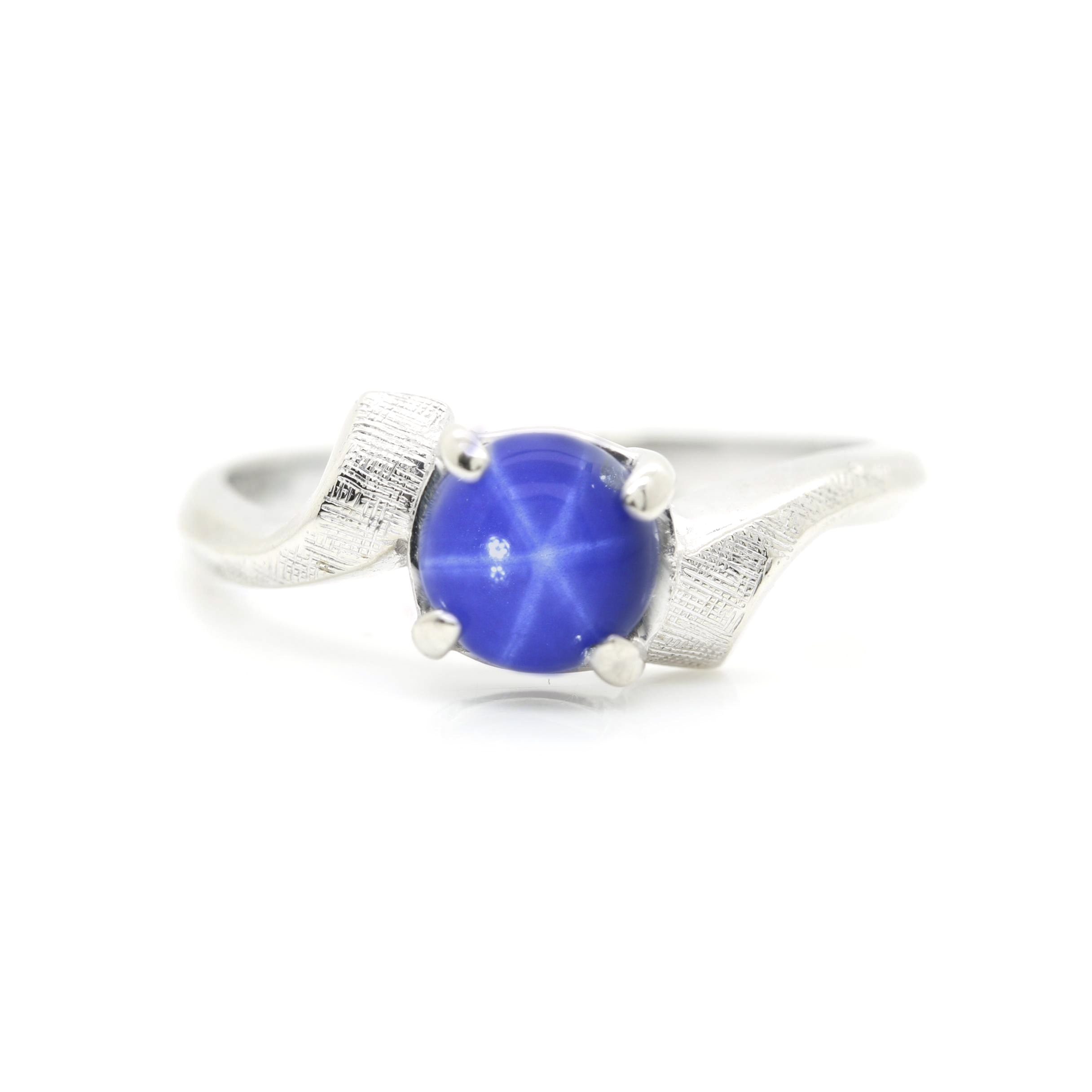 14K White Gold Synthetic Star Sapphire Ring