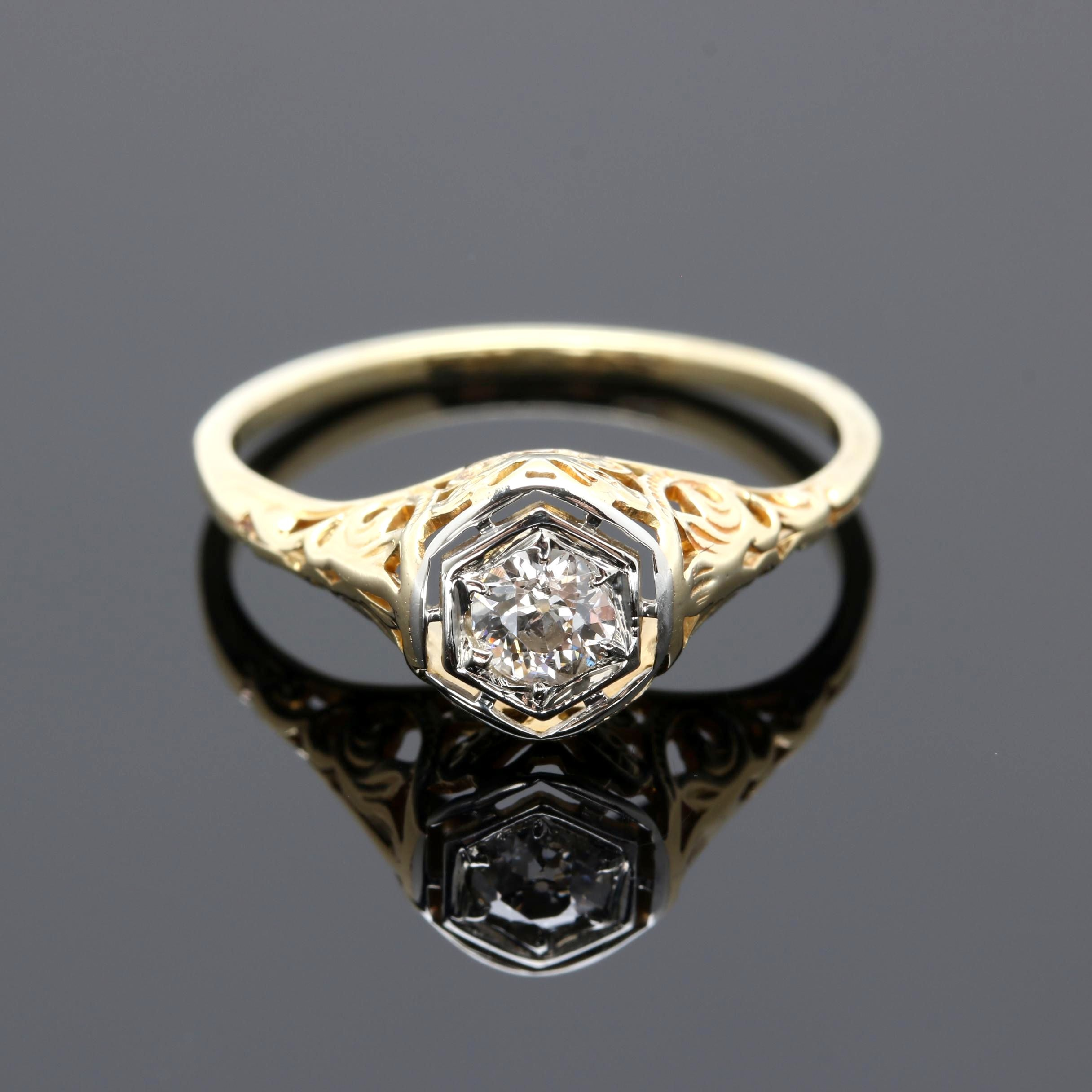 Art Deco 14K and 18K Two Tone Gold Diamond Ring