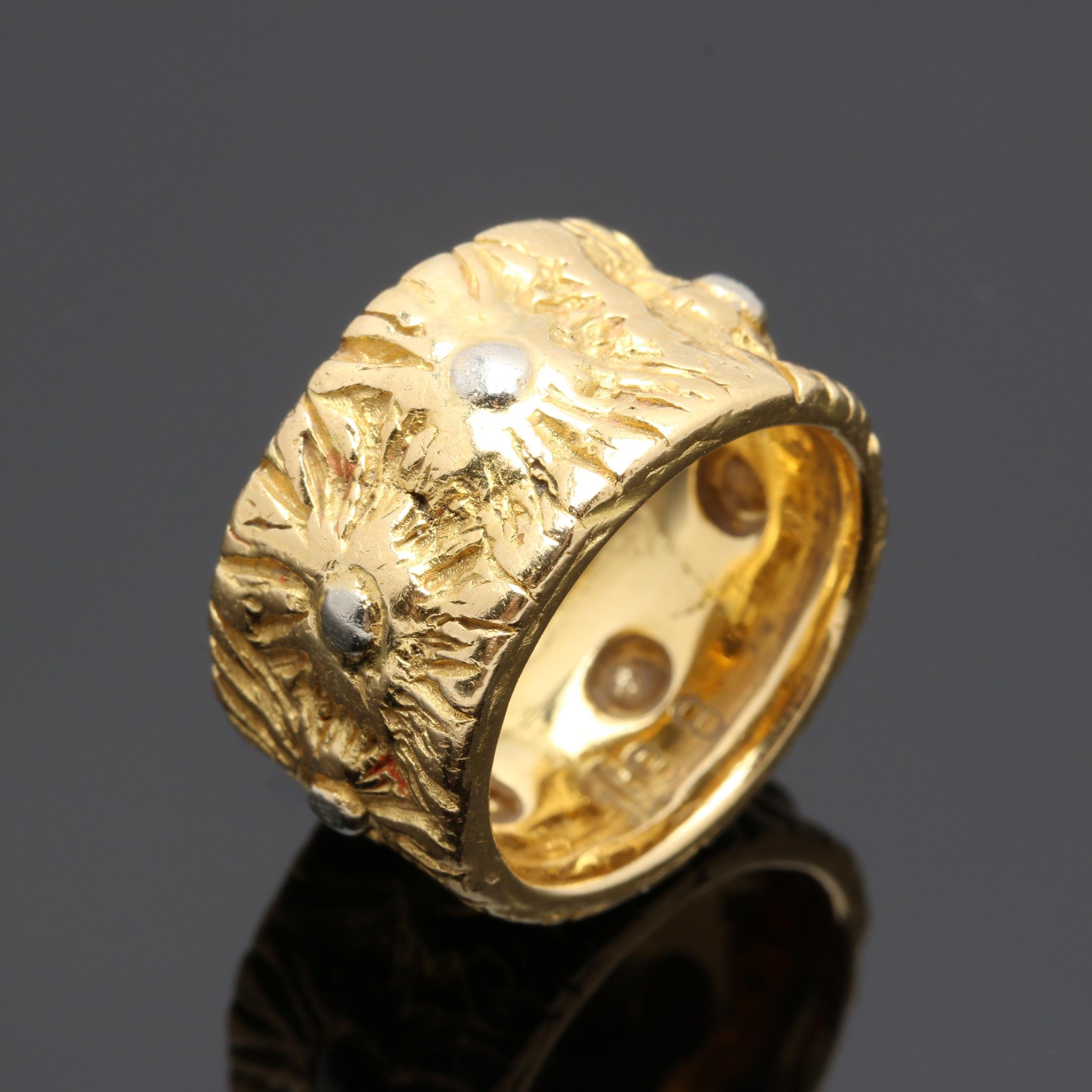 Cartier 18K Yellow Gold Ring With White Gold Accents