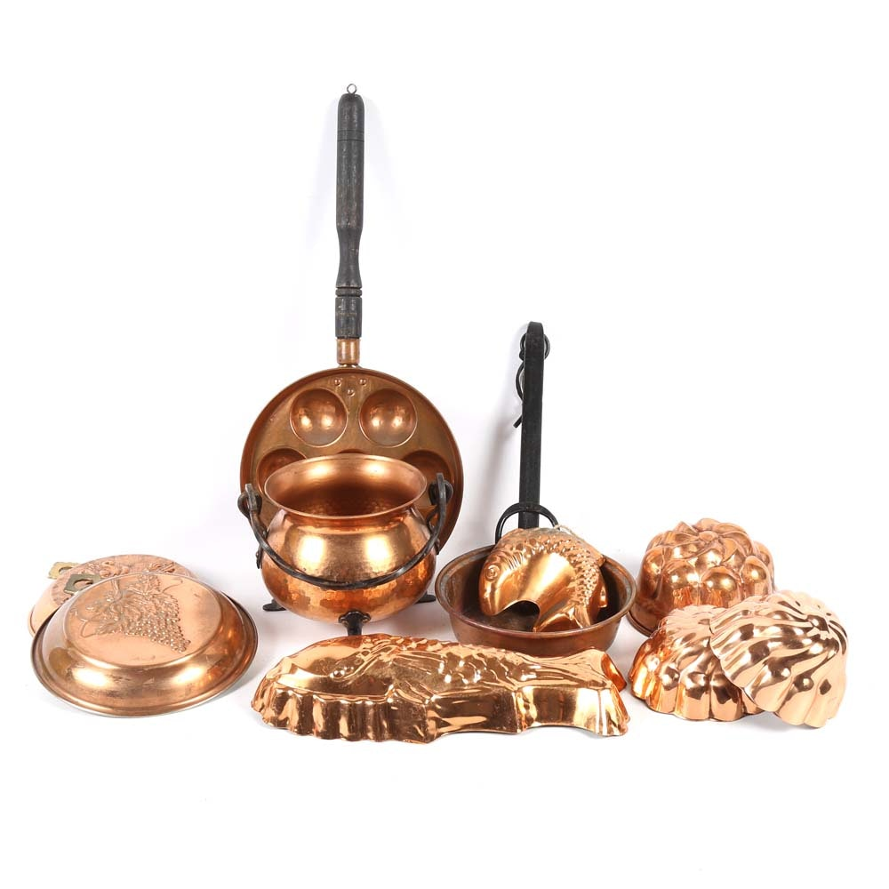 Copper Pans, Molds and Decor