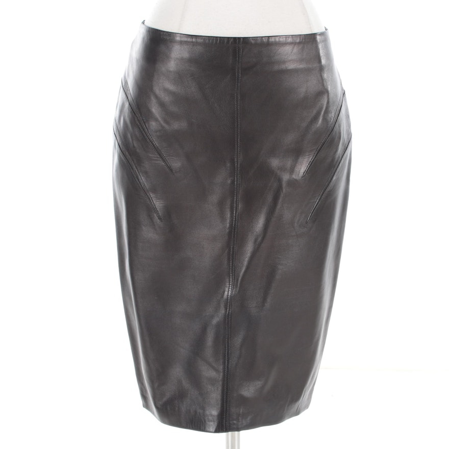 0636bebb9 1980s Vintage Gianni Versace Lambskin Leather Pencil Skirt | EBTH