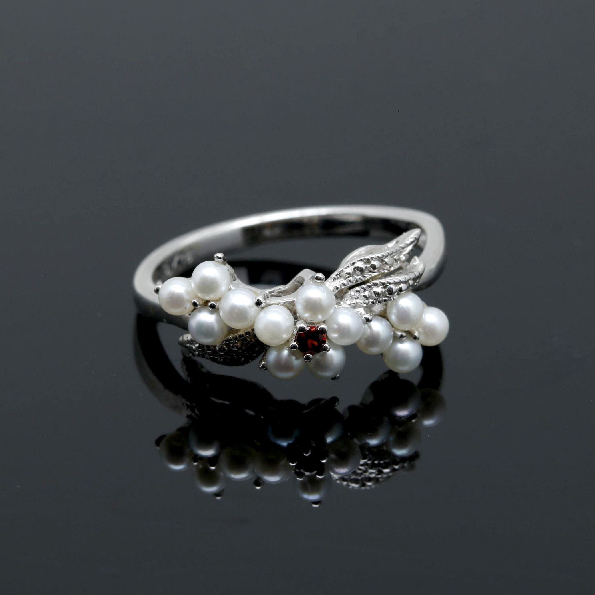 18K White Gold Seed Pearl and Garnet Ring