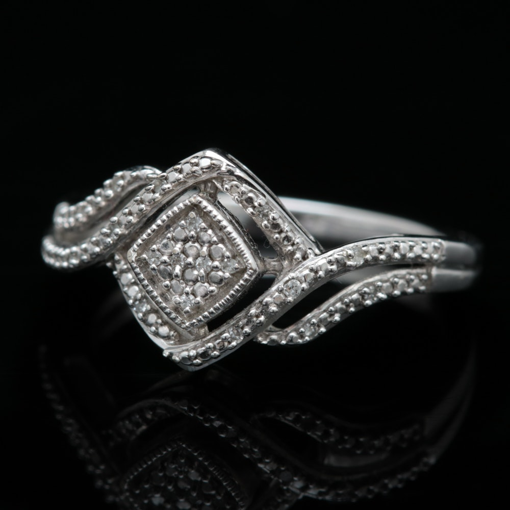 10K White Gold and Diamond Ring