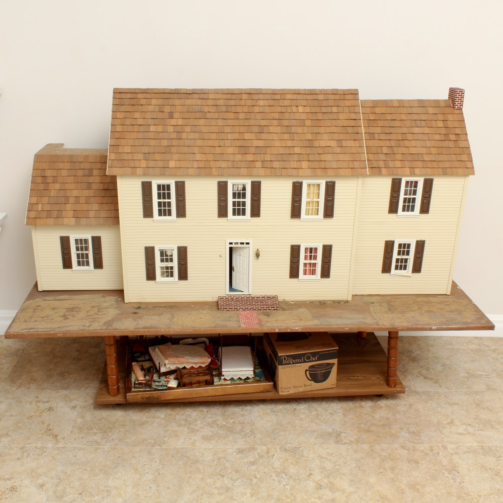1983 Hand Crafted Doll Manor with Furnishings