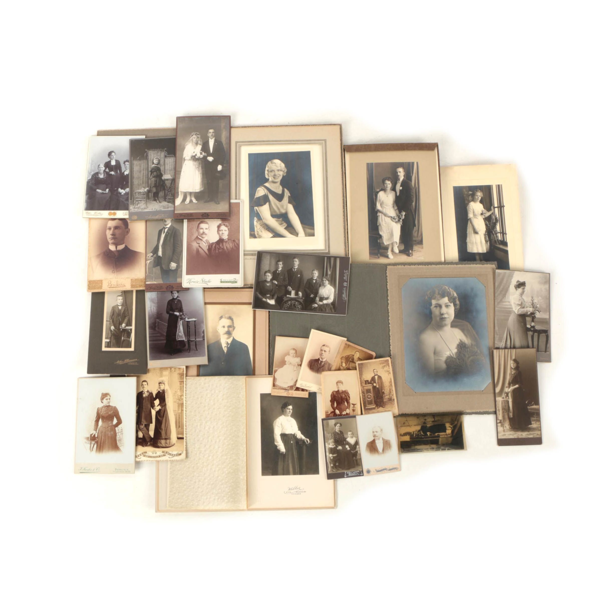 Formal Portraits, Cabinet Cards, and Cartes de Visite Featuring Celebrity