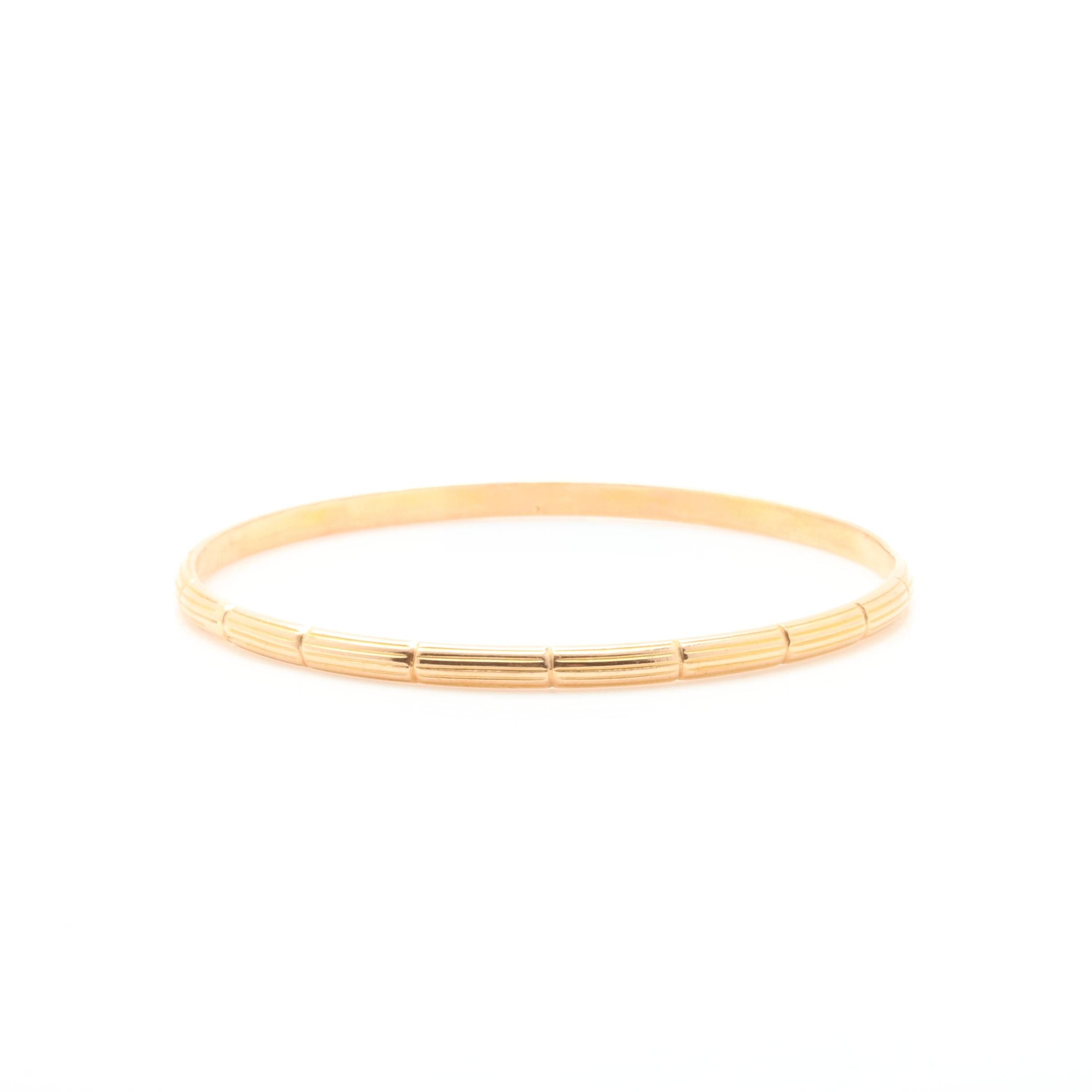18K Yellow Gold Ridged Bangle Bracelet