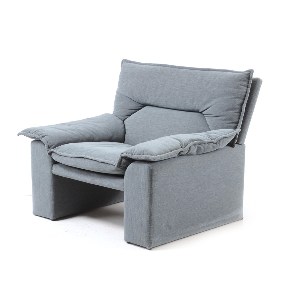 Mid Century Modern Italian i4 Mariani Lounge Chair For the Pace Collection