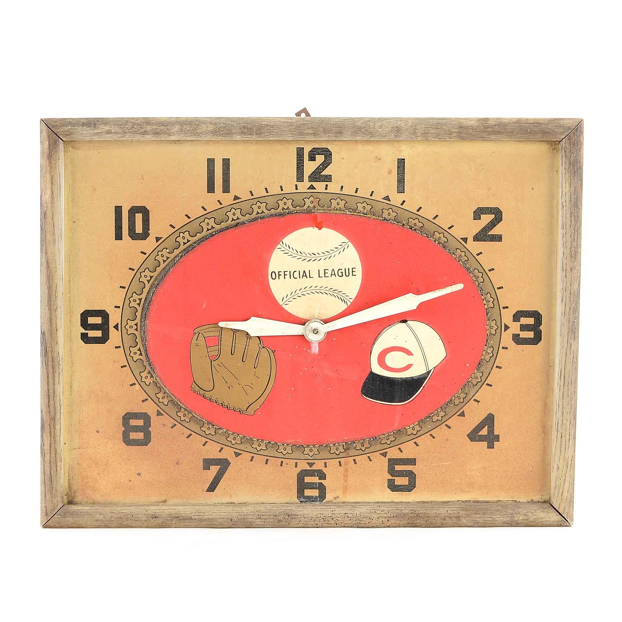 Vintage Cincinnati Reds Clock