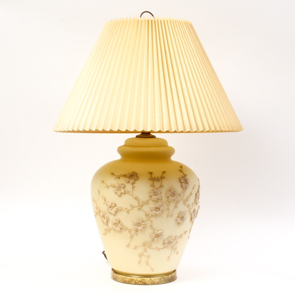 Vintage Chinese Style Glass Floral Table Lamp Ebth