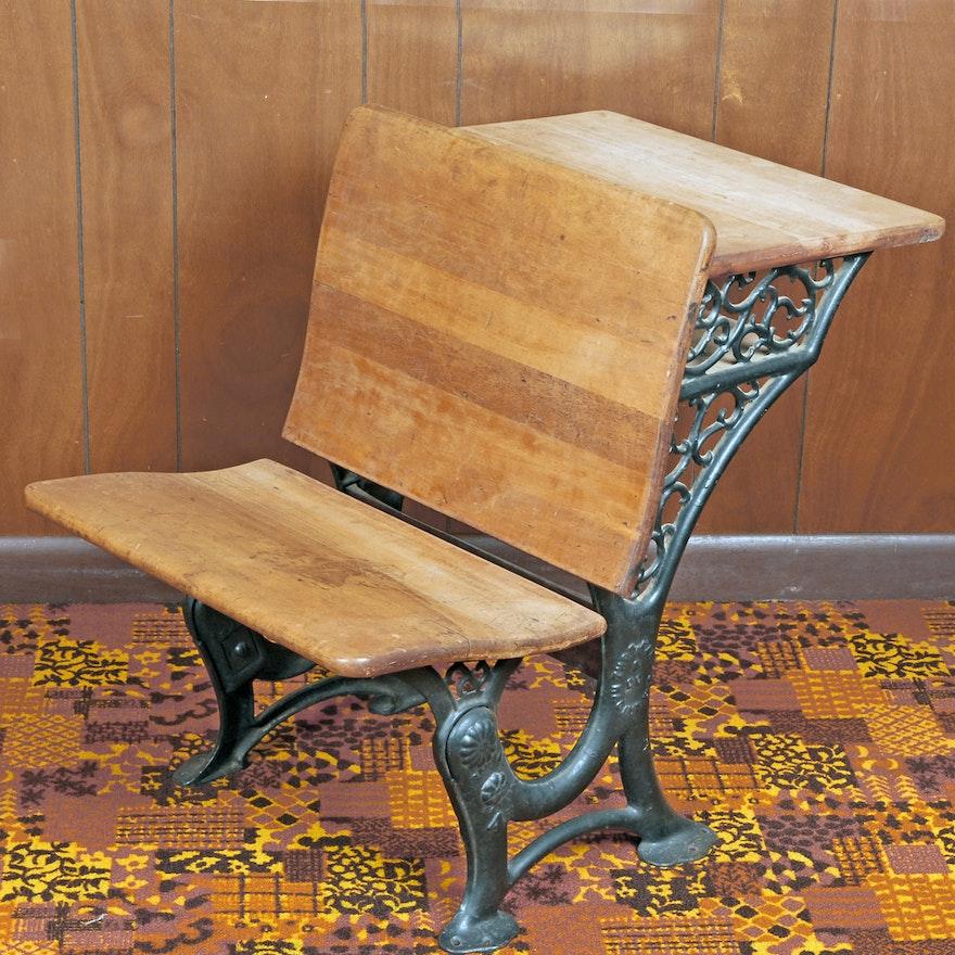 Antique Thomas Kane & Co. Maple and Cast Iron School Desk ... - Antique Thomas Kane & Co. Maple And Cast Iron School Desk : EBTH