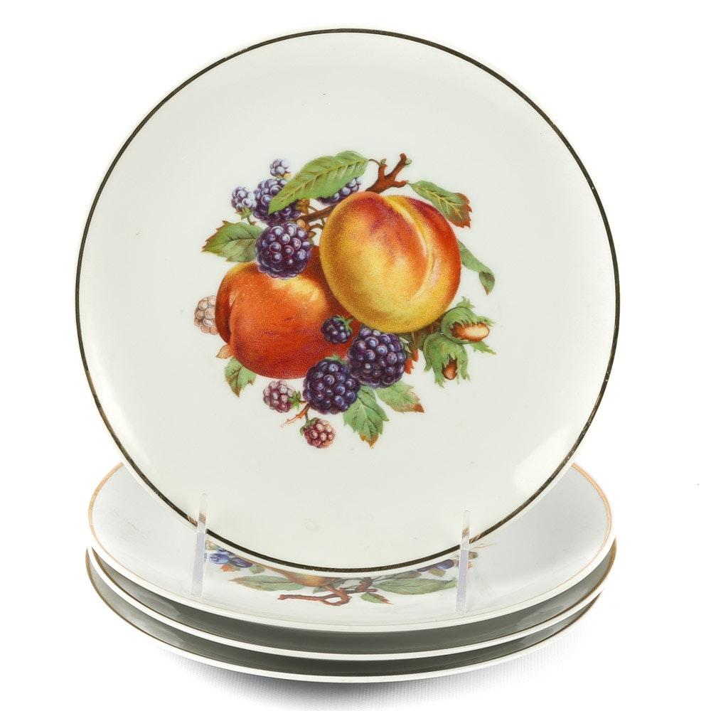 Fruit Themed Decorative Plates ...  sc 1 st  EBTH.com & Fruit Themed Decorative Plates : EBTH