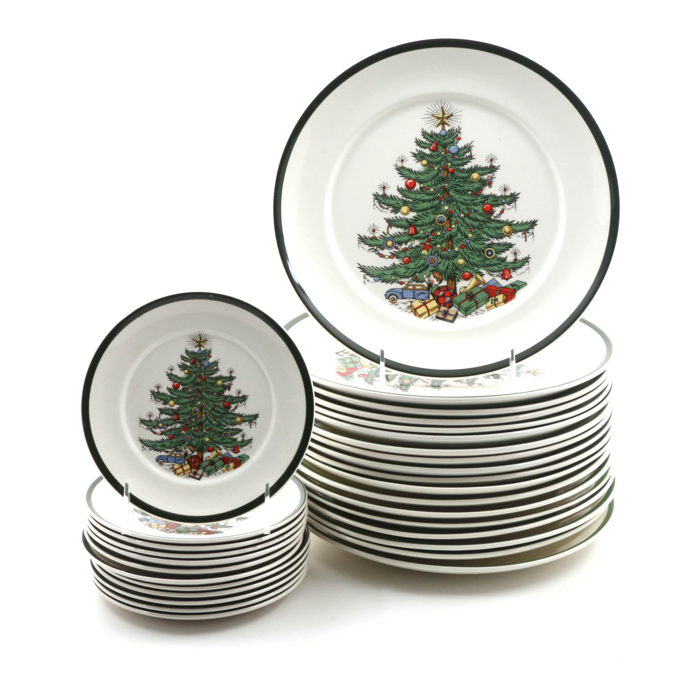 Original Christmas Tree  Dinnerware by Cuthbertson Made in England ...  sc 1 st  EBTH.com & Original Christmas Tree