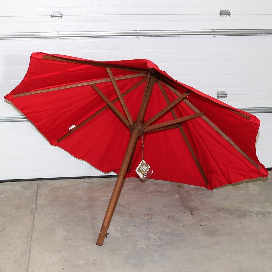 Pottery Barn Outdoor Umbrella And Martha Stewart Base Ebth
