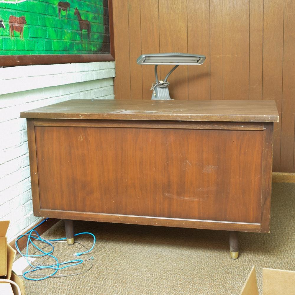 Mid Century Modern Kneehole Desk By Indiana Desk Company ...