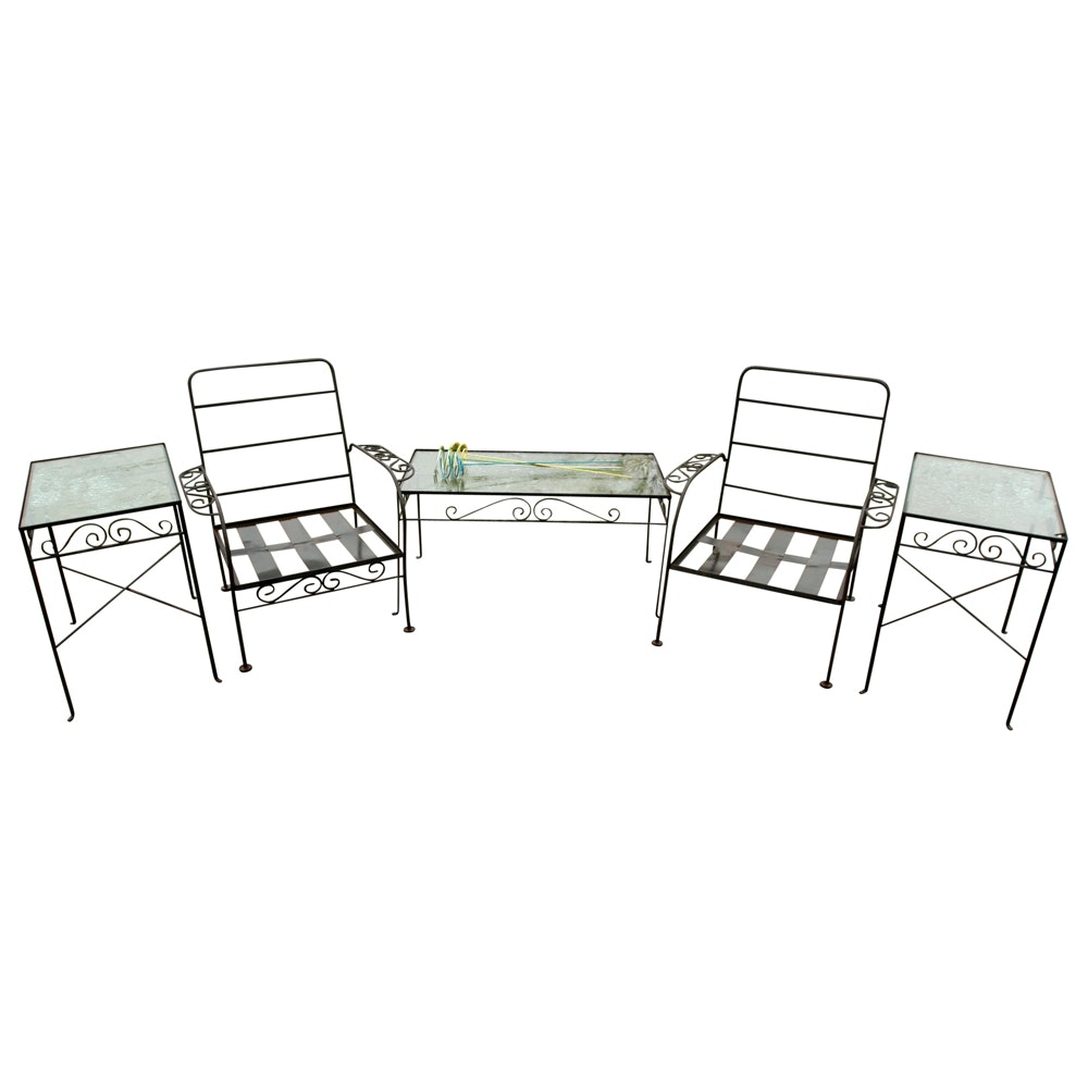 Wire Patio Furniture Set with Garden Decor