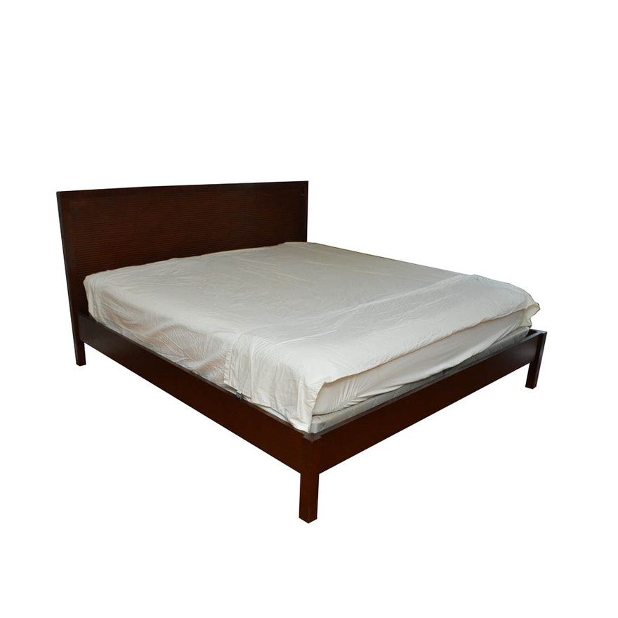 Contemporary King Size Wood Bed Frame : EBTH