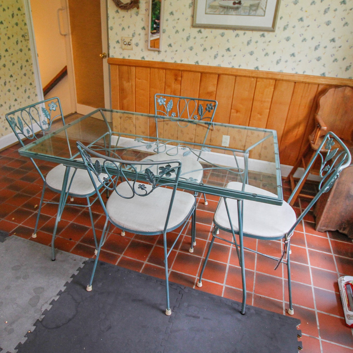 Glass Top Metal Dining Table with Side Chairs