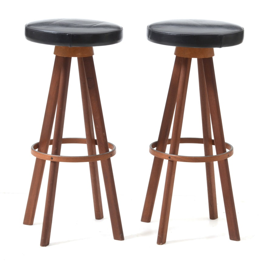 Awe Inspiring Pair Of Teak Swivel Bar Stools Unemploymentrelief Wooden Chair Designs For Living Room Unemploymentrelieforg
