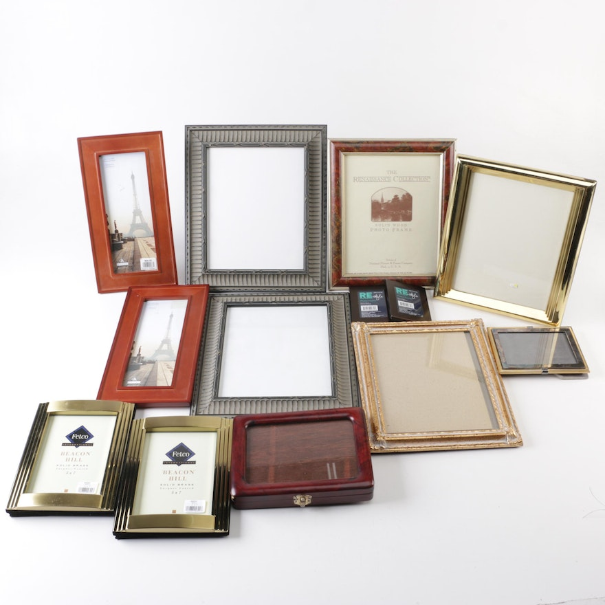 Picture Frame Assortment Featuring Fetco, Malden and More : EBTH