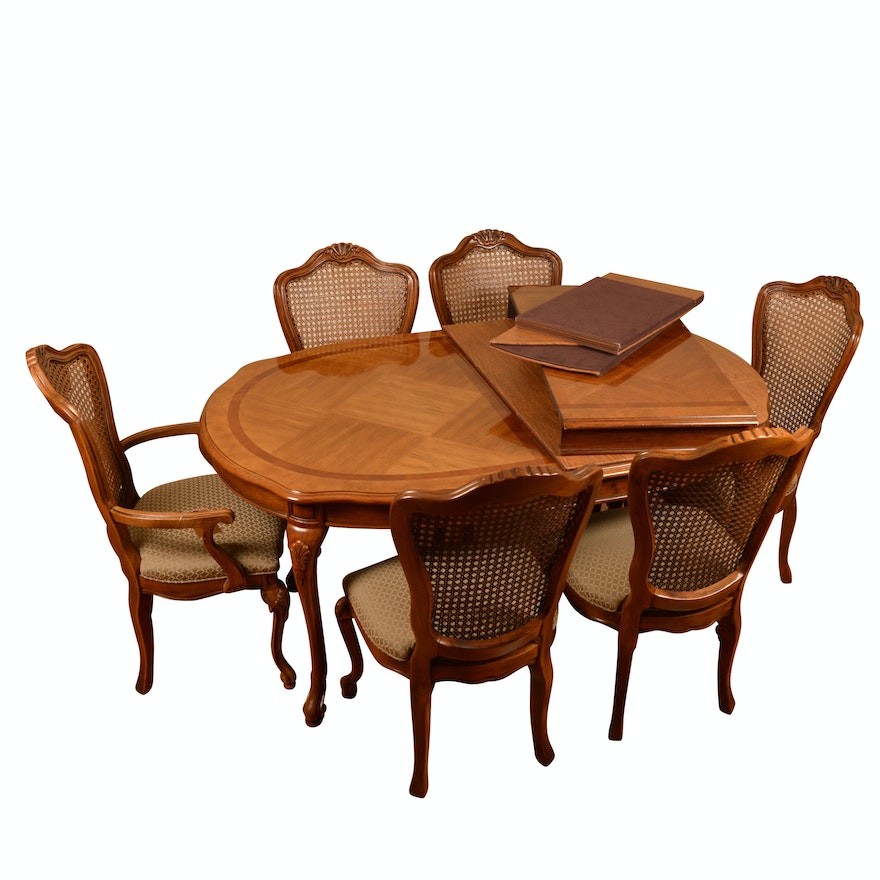 Vintage Queen Anne Style Dining Table with Chairs by Thomasville