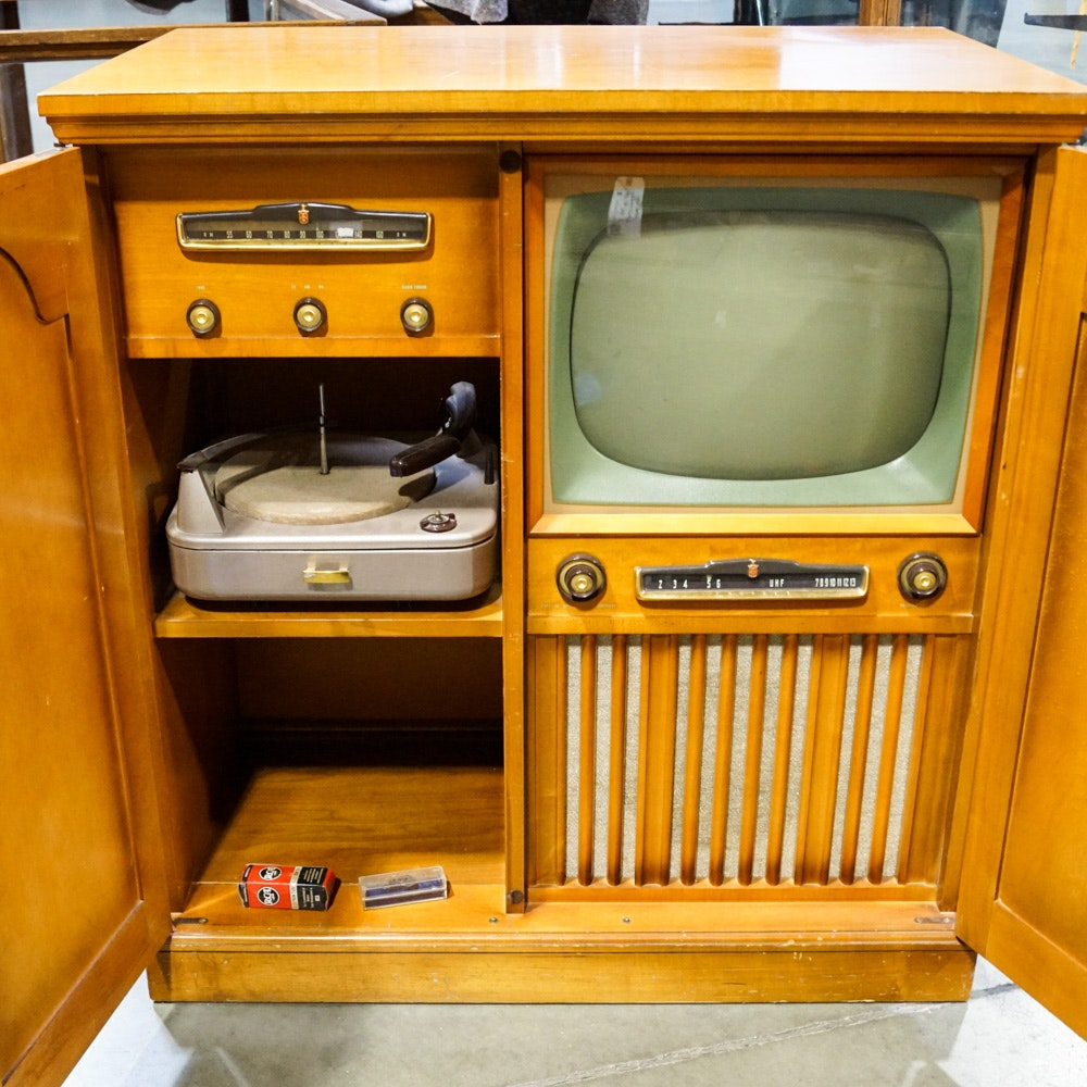 Vintage Crosley Television, Turntable and Radio in Cabinet